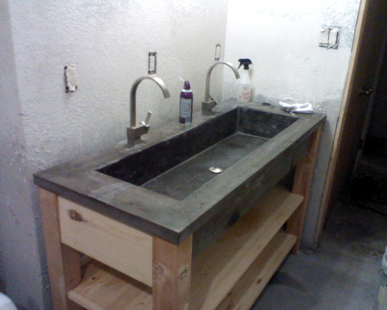 Concrete Sink : Concrete sink Crab Remodeling